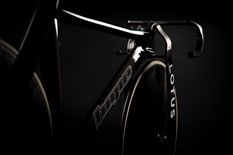 lotus hope track bike8