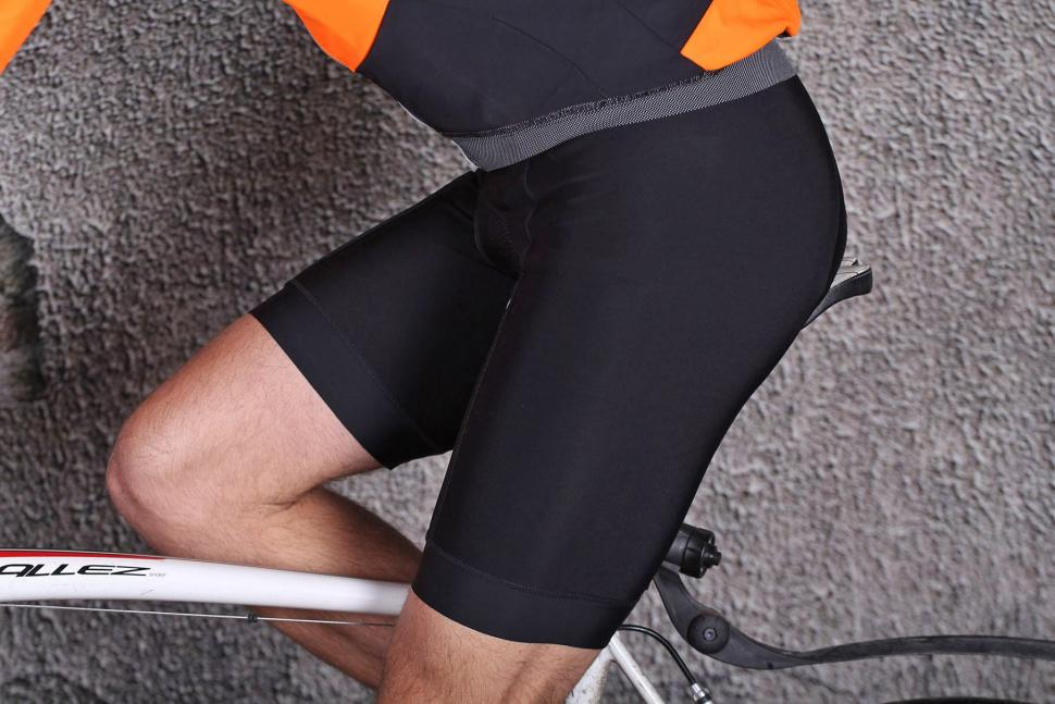 Lusso 2-Zero Thermal Bib Shorts - riding.jpg