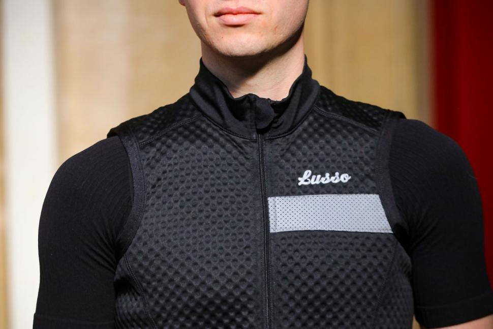 Lusso Essential Thermal Gilet - chest.jpg
