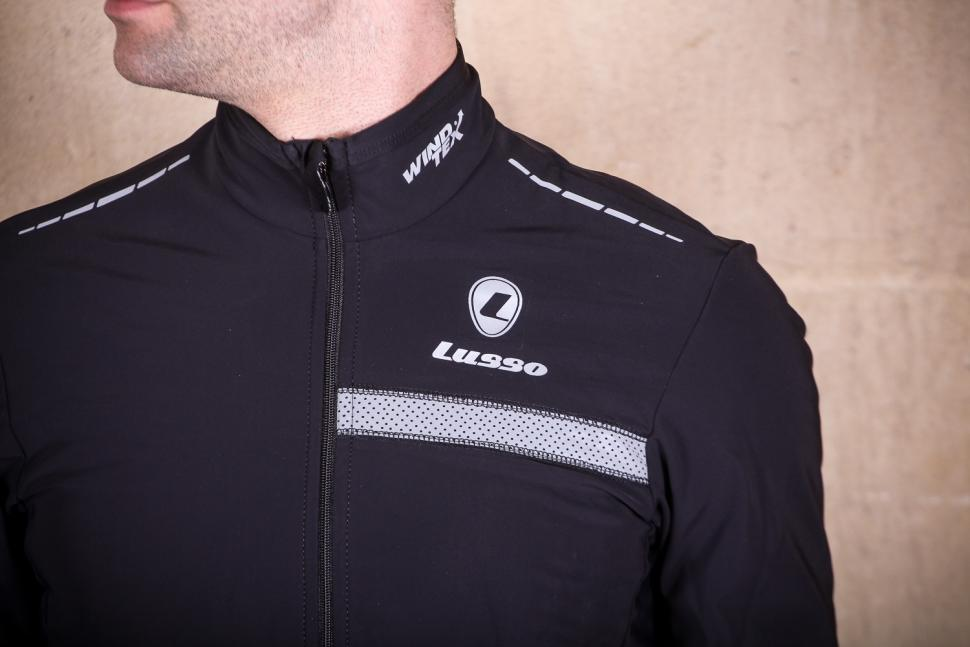 Lusso Mens Aqua Extreme Black V2 Jacket - chest.jpg