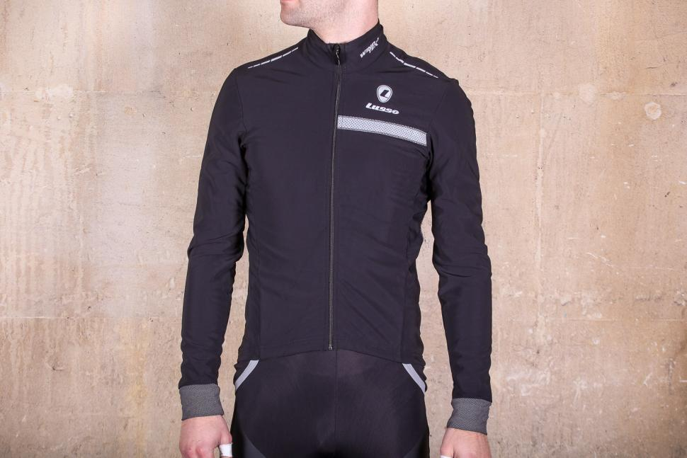Buyer s guide to the best waterproof cycling clothing  f3fa80d4b