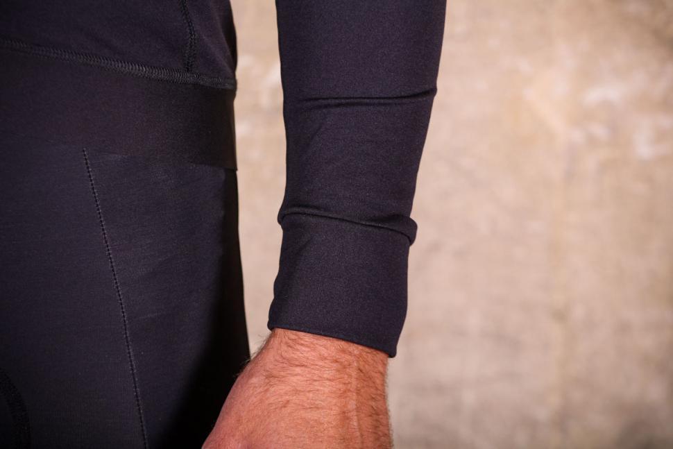 Lusso Merino Long Sleeve Jersey - cuff.jpg