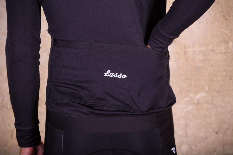 Lusso Merino Long Sleeve Jersey - pockets.jpg