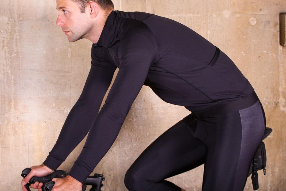 Lusso Merino Long Sleeve Jersey - riding.jpg