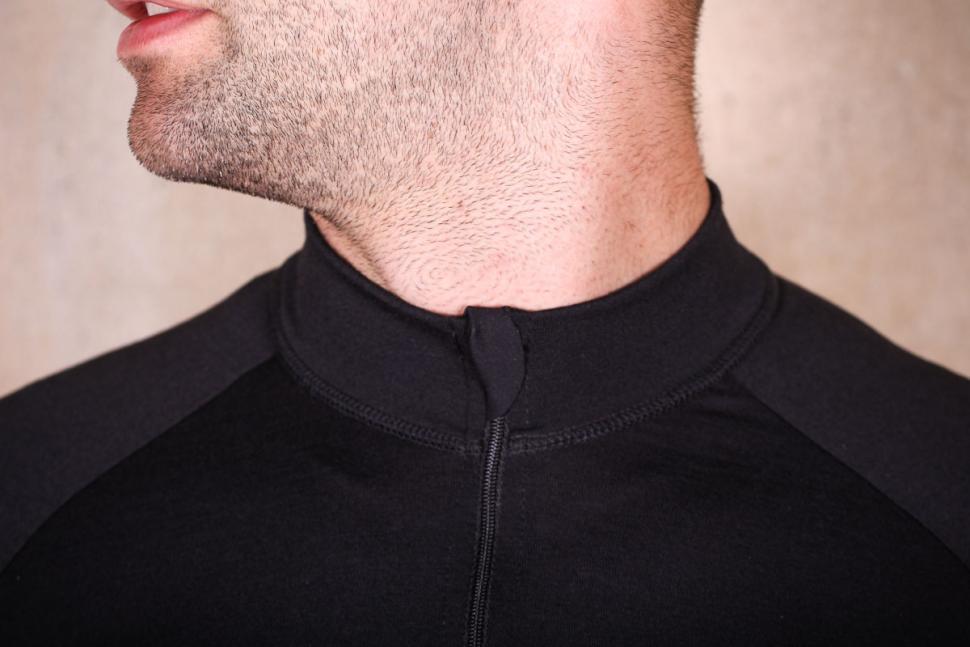Lusso Merino short sleeve jersey - collar.jpg