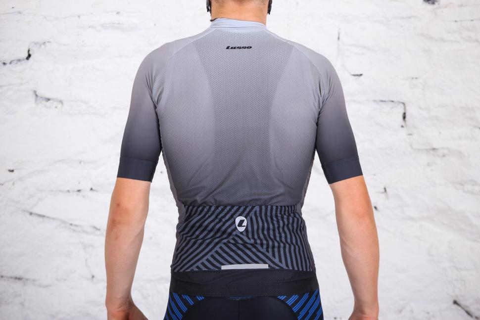 Lusso R1 Breathe Jersey - back.jpg