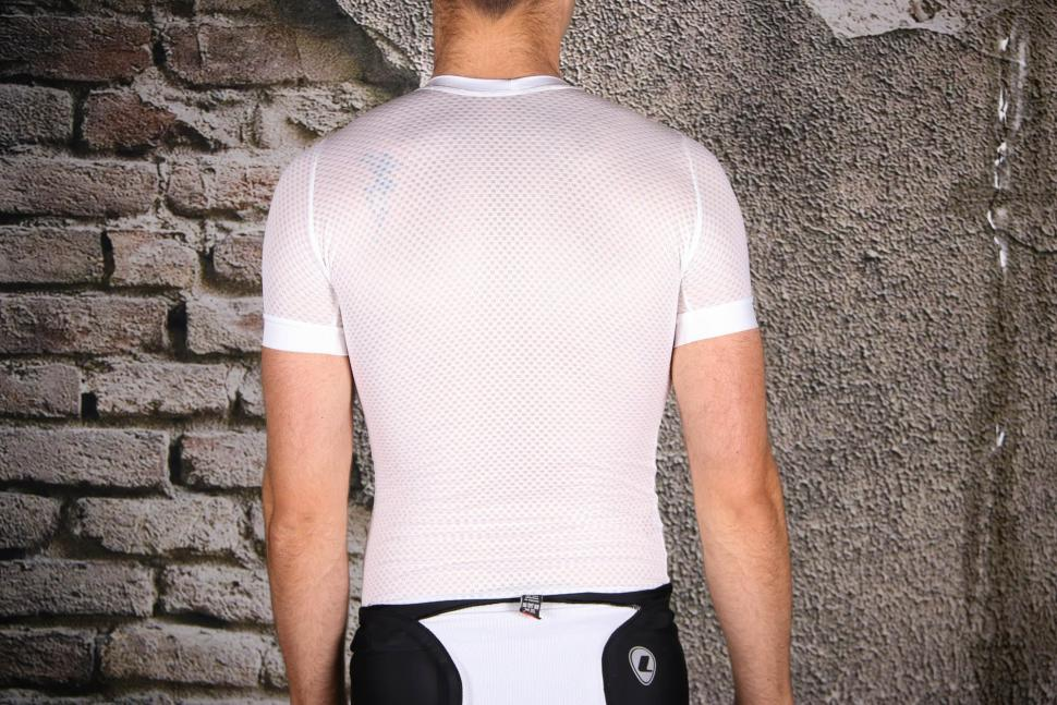 Lusso Race Base Mesh Base layer - back.jpg