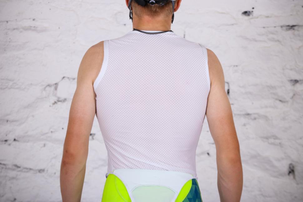 Lusso Race Base Vest - back.jpg