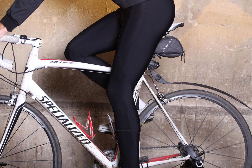 Lusso Thermal Roubaix Bib Tights - riding.jpg