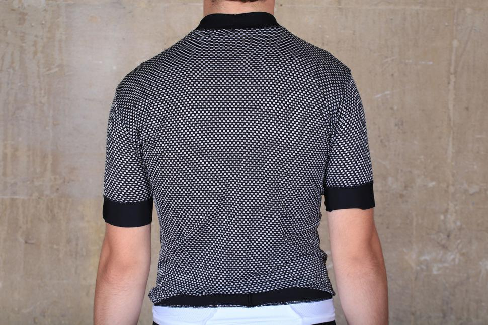 Lusso WindBloc S:S Base Layer - back.jpg