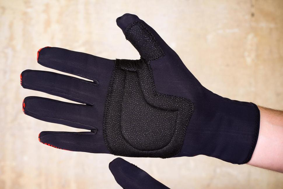 Lusso Windtex Terrain Red Gloves - palm.jpg