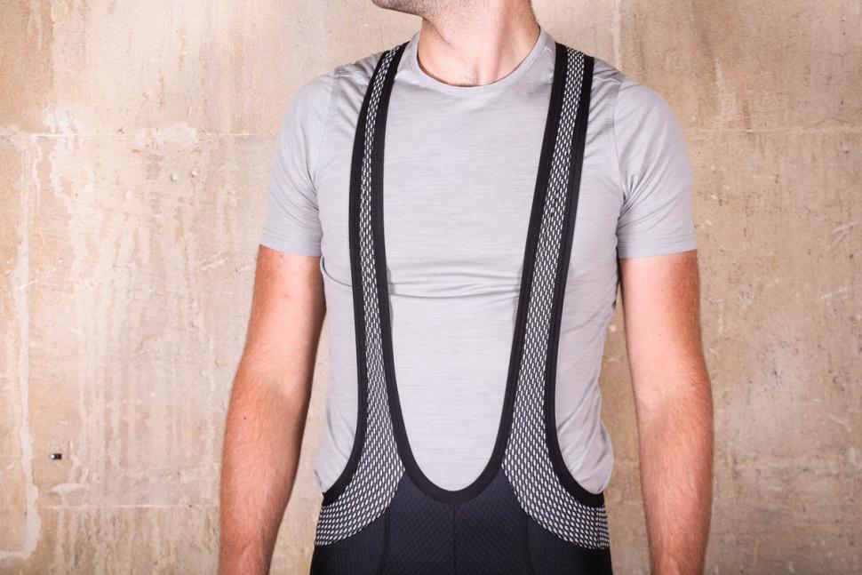 lusso_carbon_bib_shorts_-_straps.jpg
