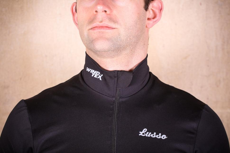 Lusso Repel Corsa Jersey V2 - collar.jpg