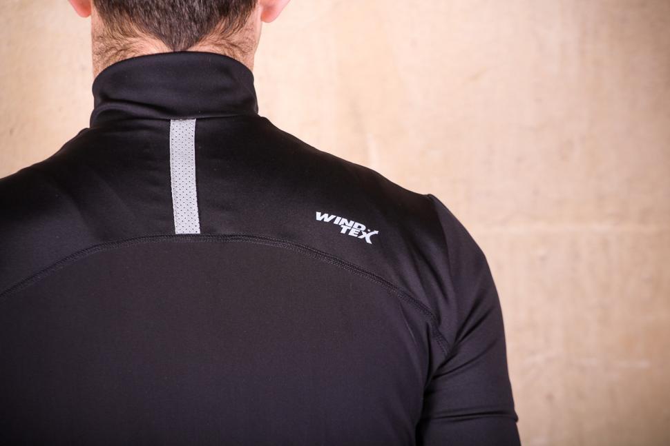 Lusso Repel Corsa Jersey V2 - shoulders.jpg