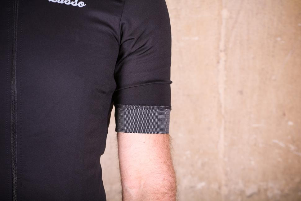 Lusso Repel Corsa Jersey V2 - sleeve.jpg