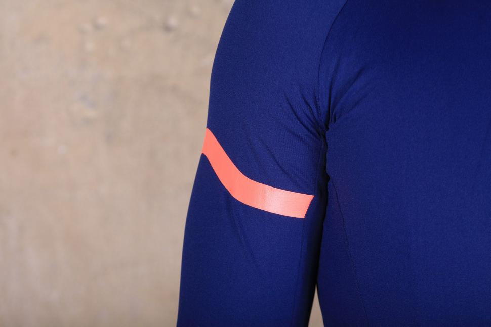 MAAP Base winter Long sleeve Jersey - sleeve.jpg