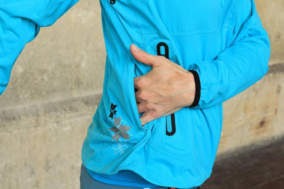 Madison Flux Super Light Womens Softshell Jacket - back pocket.jpg