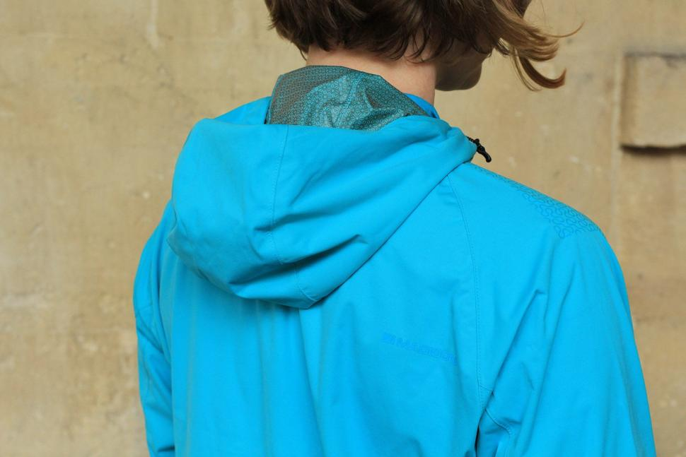 Madison Flux Super Light Womens Softshell Jacket - hood.jpg
