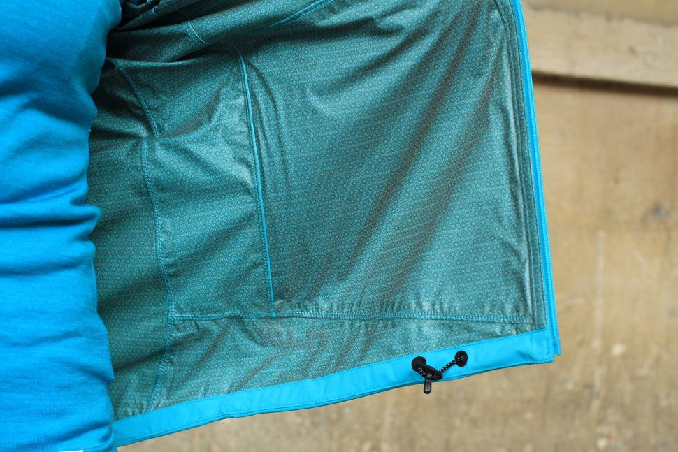 Madison Flux Super Light Womens Softshell Jacket - inside.jpg