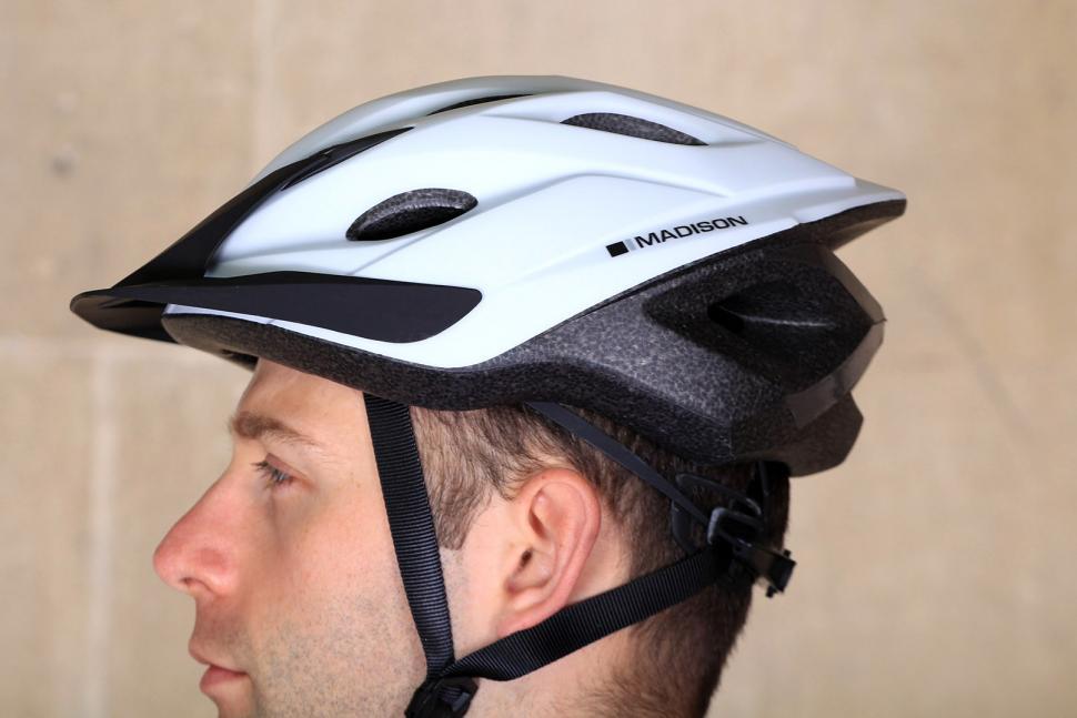 Madison Freewheel Matt White Helmet - side.jpg