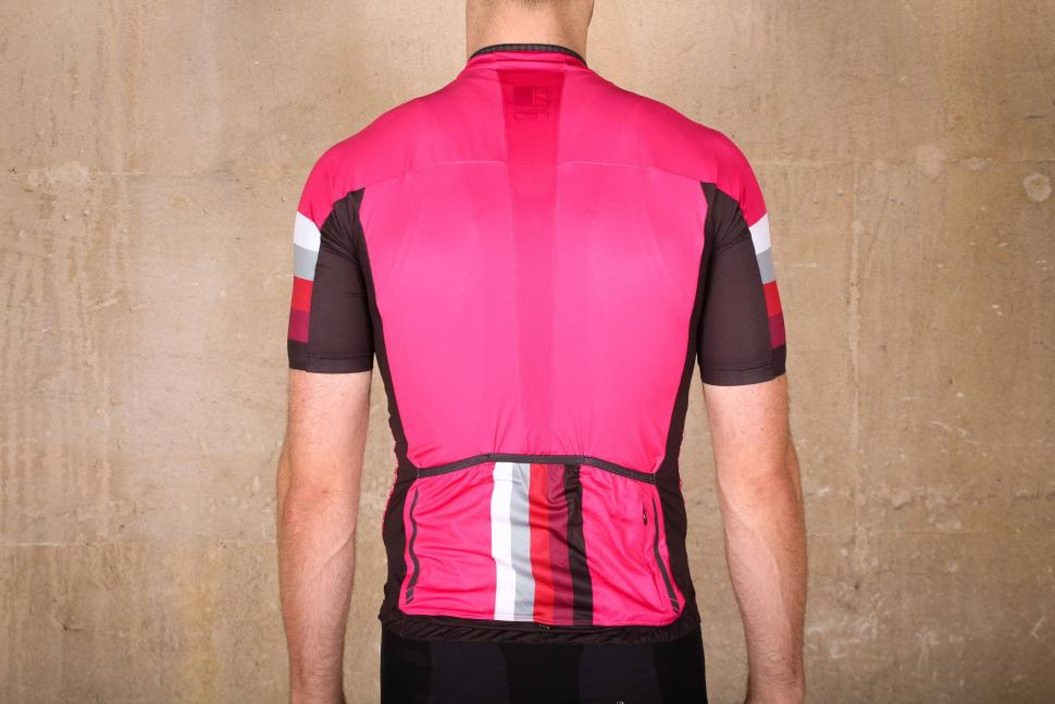 Review  Madison RoadRace Premio short sleeve jersey  b5ec60298