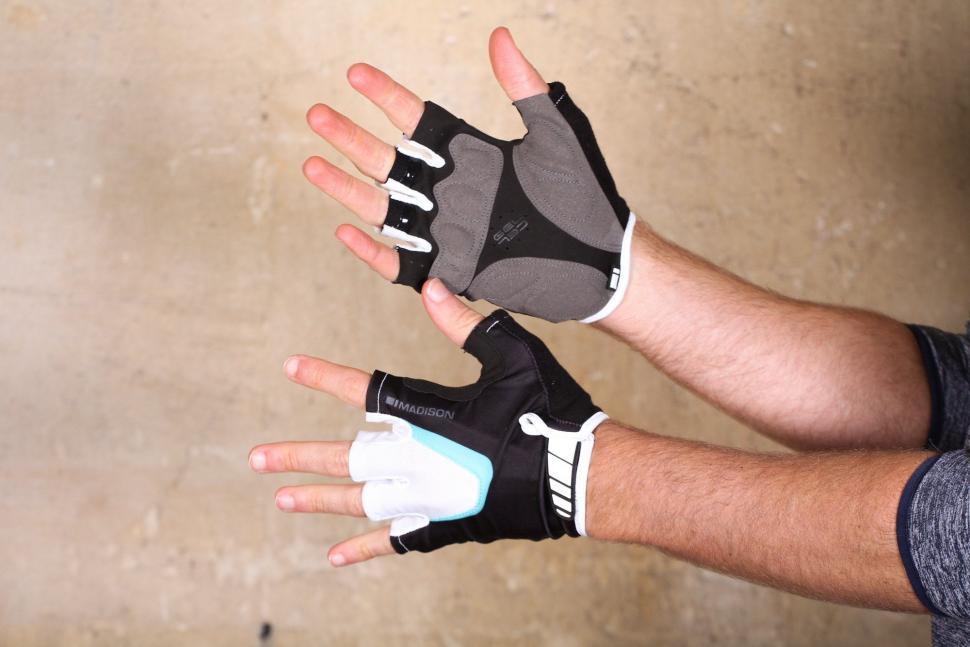 Madison Sportive men's mitts.jpg