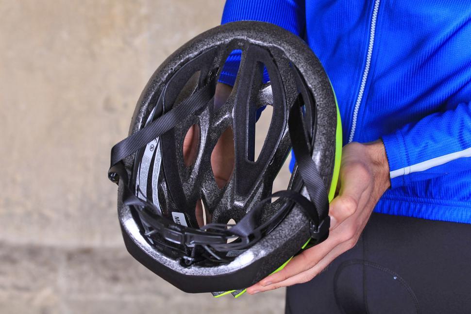 Madison Tour Flash Yellow Helmet - inside.jpg