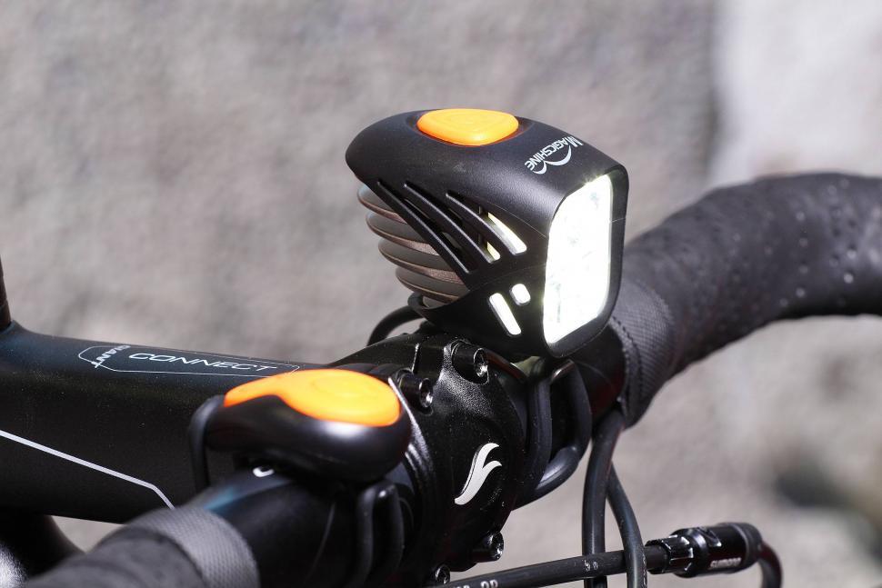 Magicshine MJ-906 5000 lumens bike light 2016 model - front light.jpg