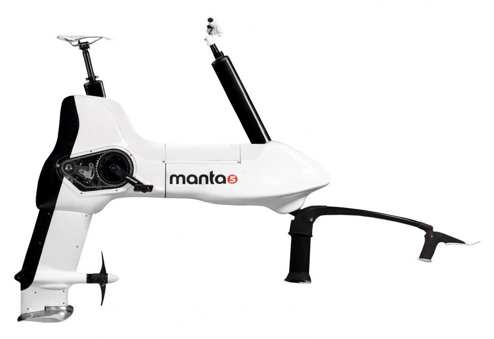 Manta5 Hydrofoiler XE-1 - 1.jpg