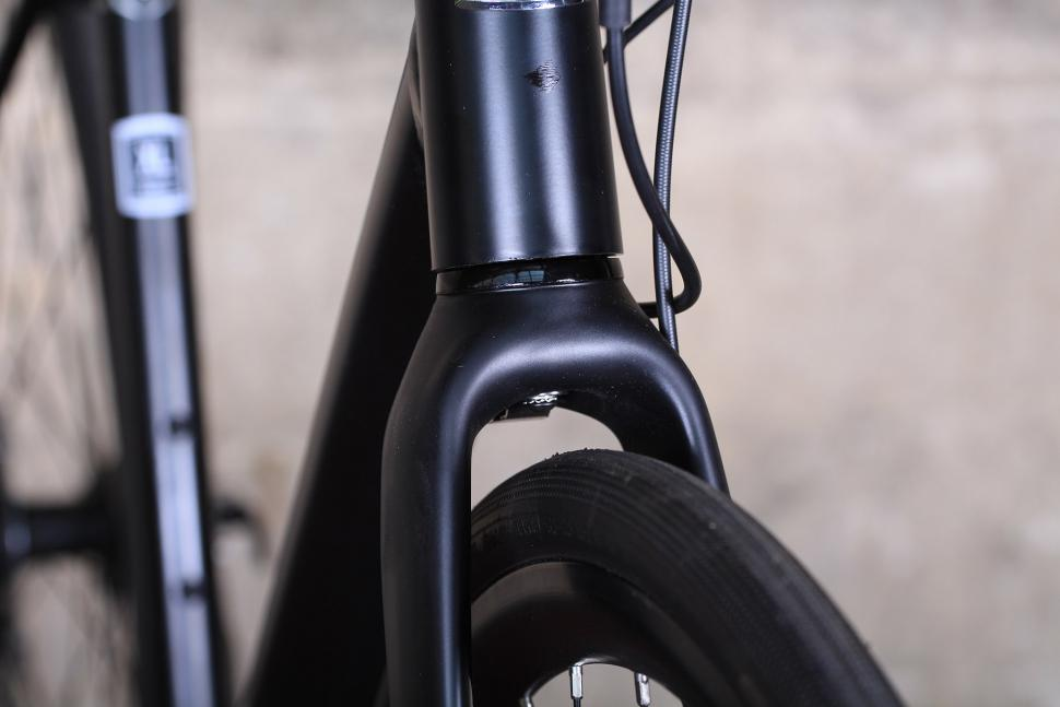 Marin Gestalt Three - fork clearance.jpg