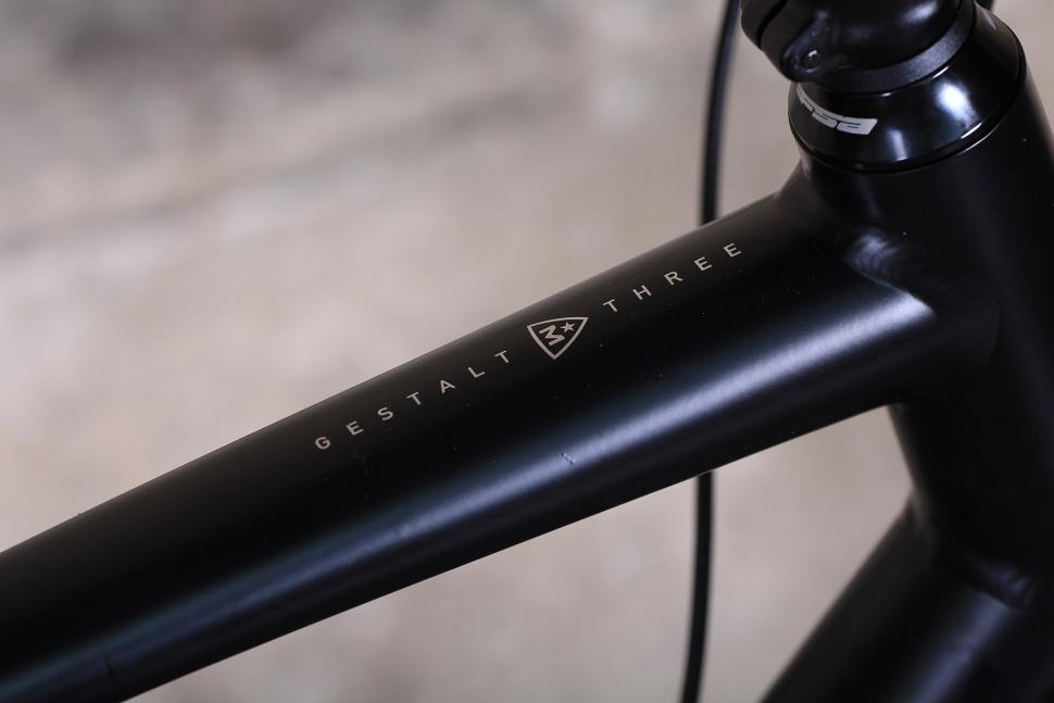 Marin Gestalt Three - top tube detail.jpg