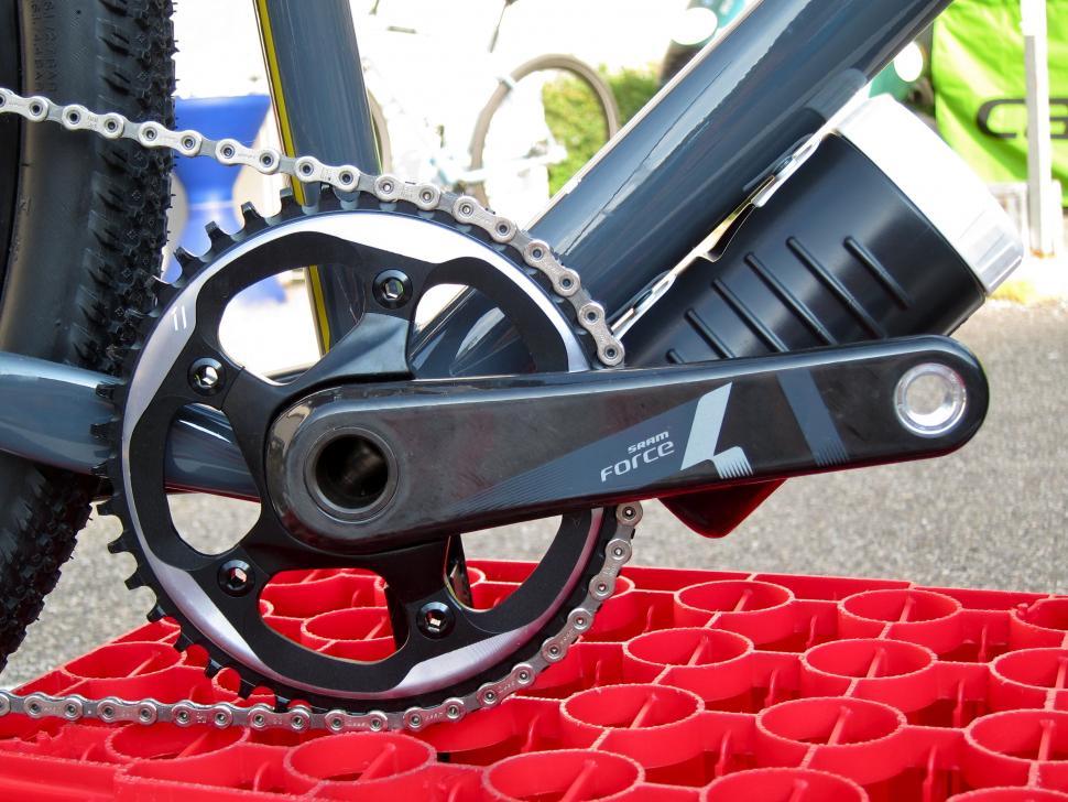 Mason Bokeh Eurobike 2016 - SRAM Force Chainset.jpg
