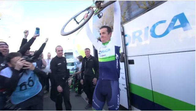 Mat Hayman after winning Paris-Roubaix (source Orica GreenEdge video still).JPG