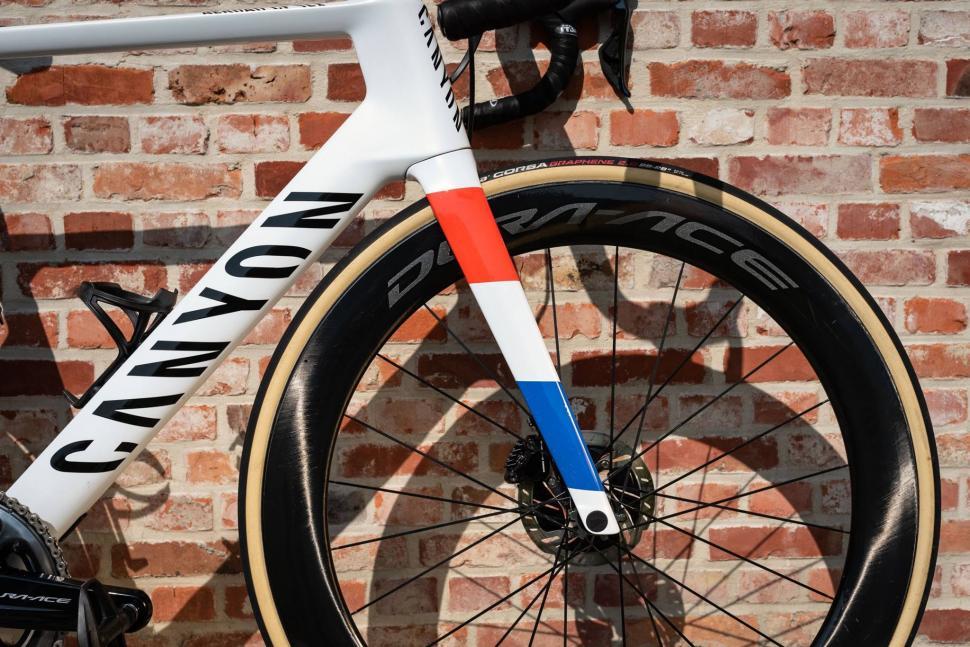 Mathieu Van der Poel canyon aeroad flanders tyres