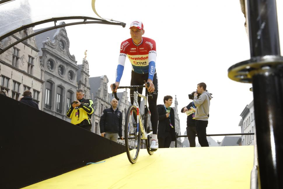 Mathieu van der poel at tour of flanders.JPG