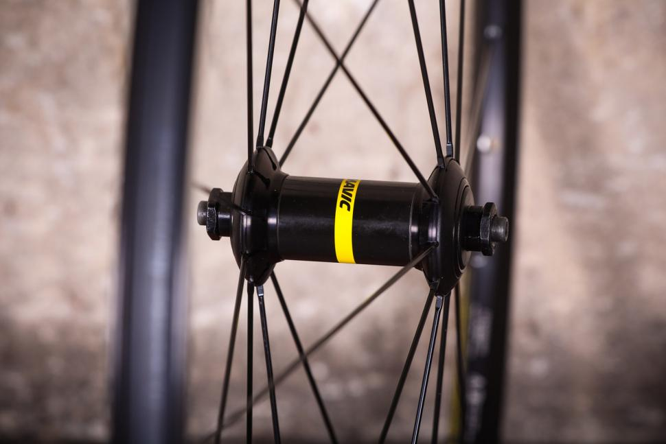 Mavic Aksium wheelset - front hub.jpg