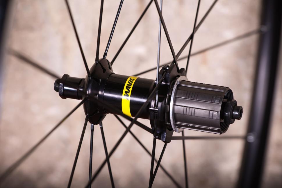 Mavic Aksium wheelset - rear hub 2.jpg