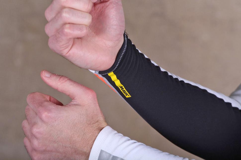 Mavic Vision Arm Warmer - cuff.jpg