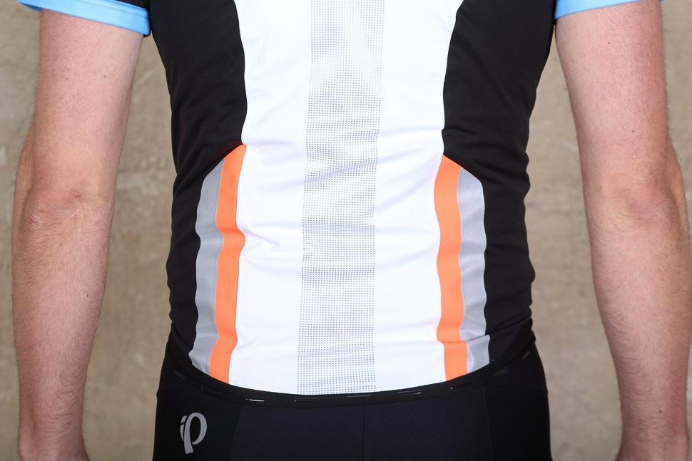 Mavic Vision H20 Vest - back detail.jpg