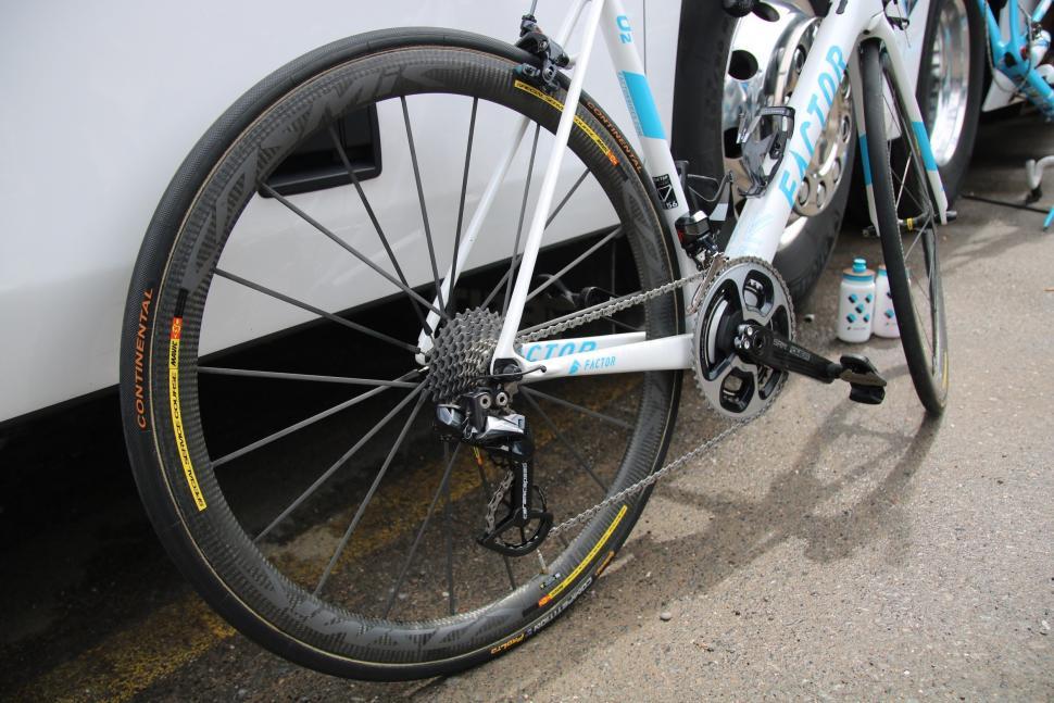 mavic wheel - 1.jpg