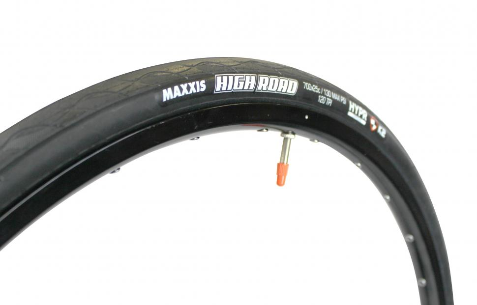 maxxis high road 3