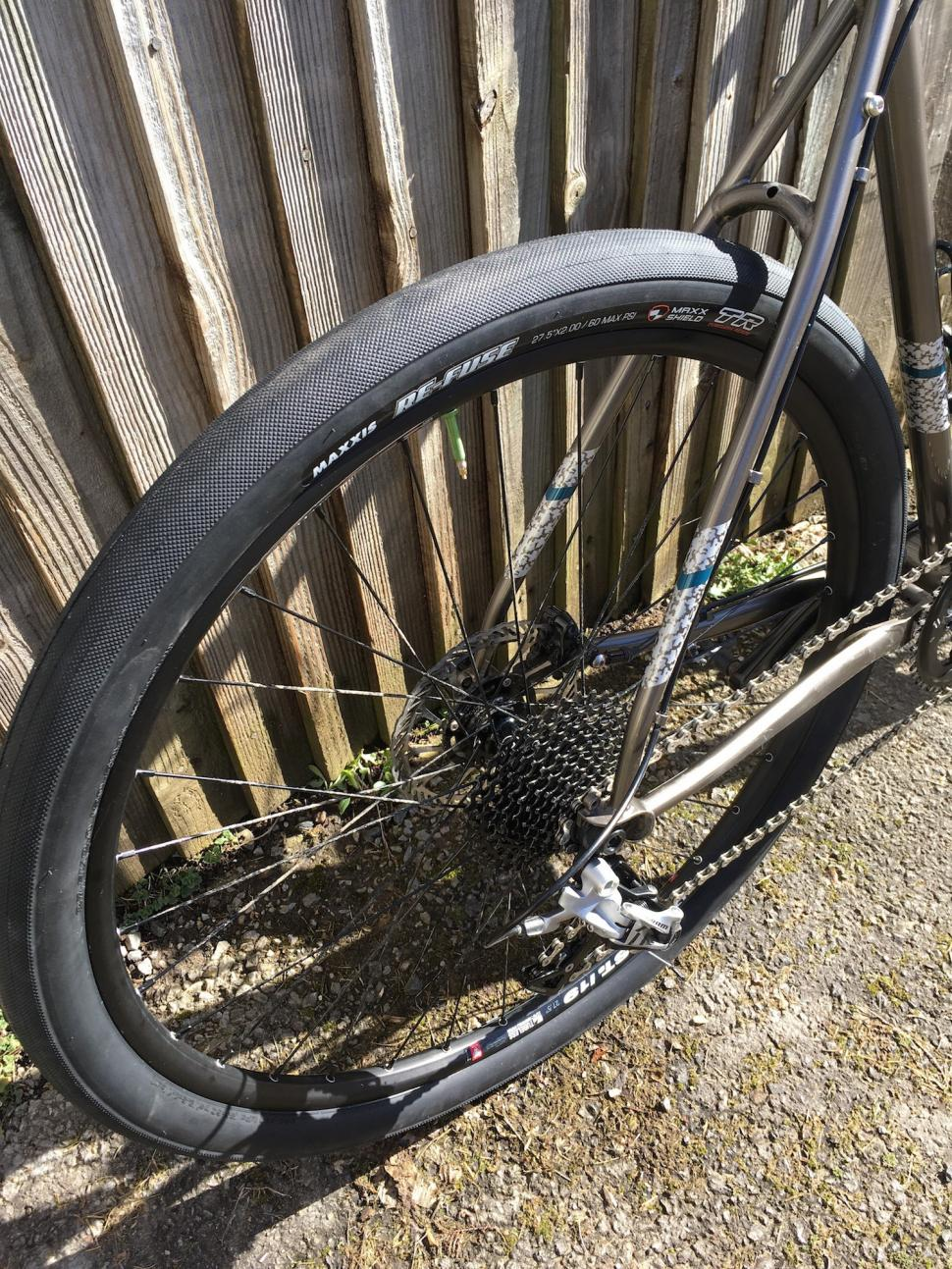 27 Best R Black Tarot Deck In Process Images On: Review: Maxxis Re-Fuse 27.5 X 2.0 Gravel Tyre