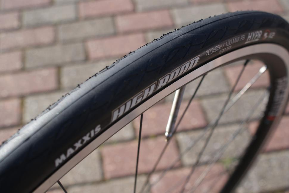 Maxxis_High_Road_Tyre_Fitted_1.JPG