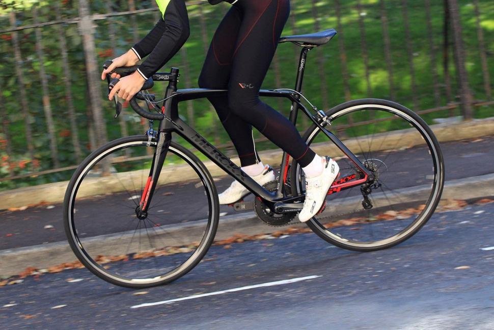 Merckx Sallanches 64 - riding 2.jpg