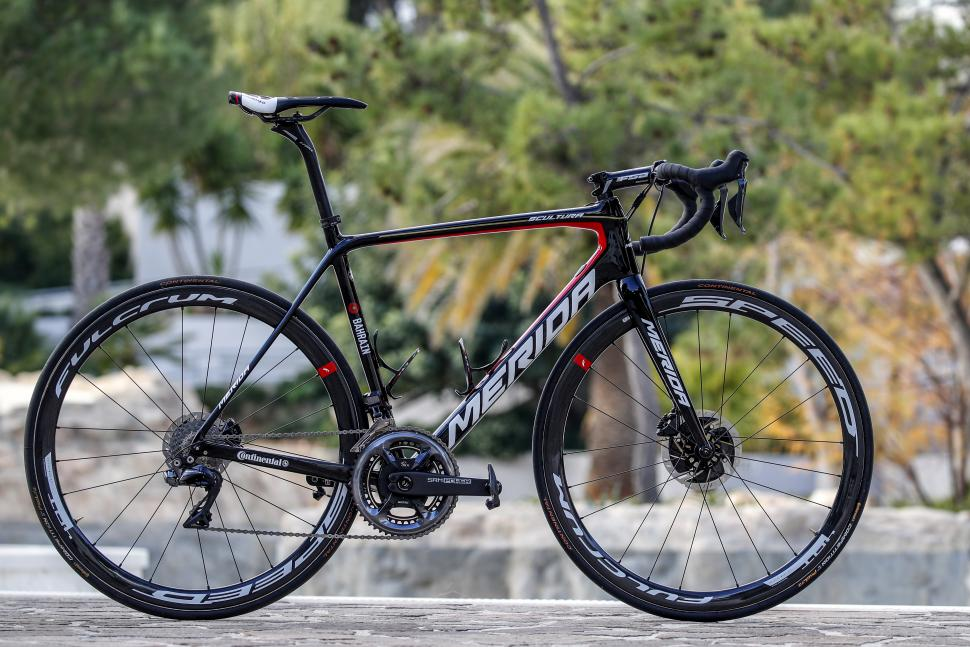 Merida 2019 pro race bikes11.jpg