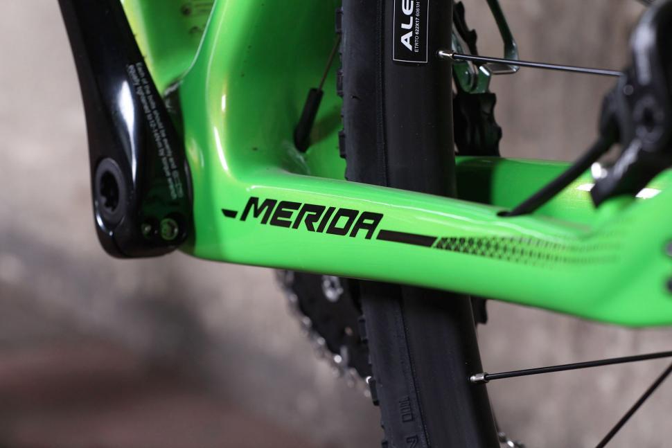 Merida Cyclocross 5000 - chain stays.jpg