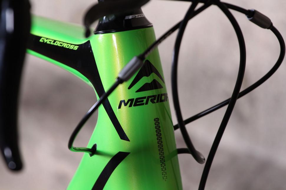 Merida Cyclocross 5000 - head tube badge.jpg