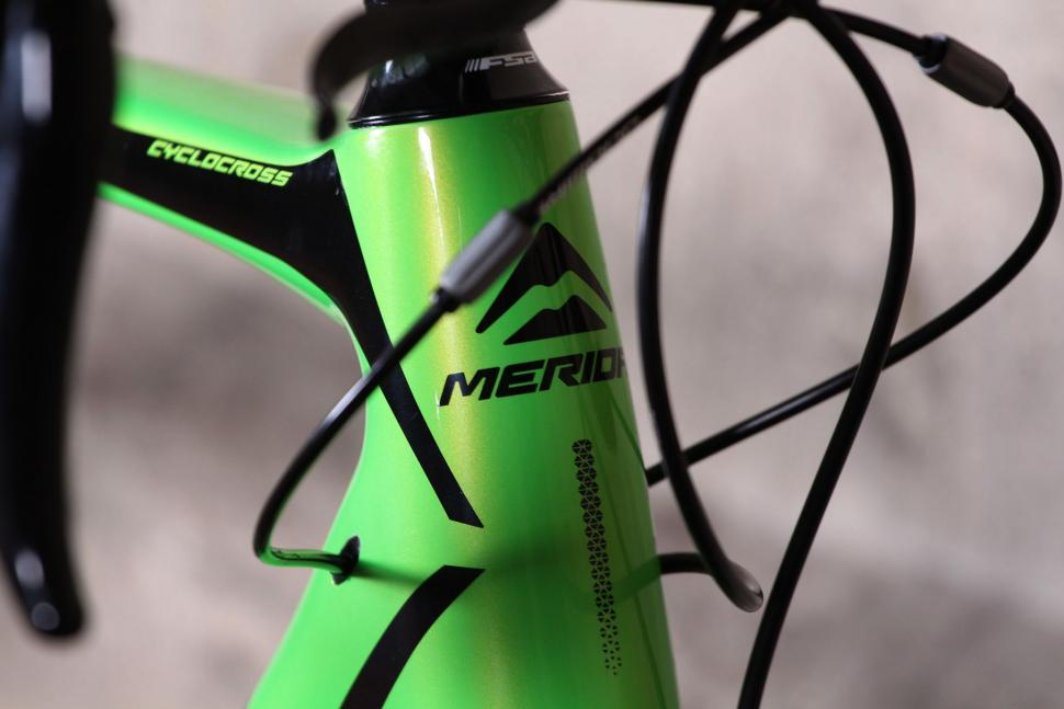 Merida Cyclocross 5000 - head tube badge.jpg