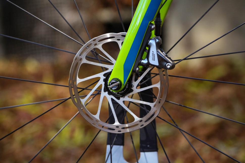 Merida Mission CX 8000 - front disc brake.jpg