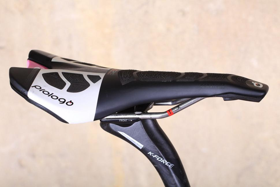 Merida Scultura Disc - saddle.jpg